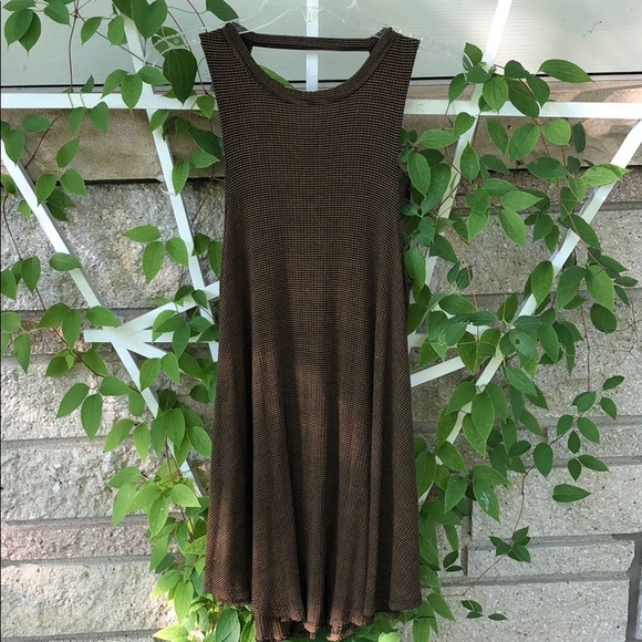 Audrey 3+1 Dresses & Skirts - Plaid tank dress with open back